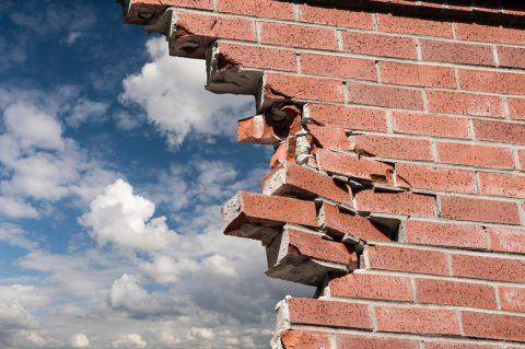 Abattre un mur en brique ou en parpaing